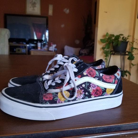Vans Old Skool Digi Floral Skate Shoe